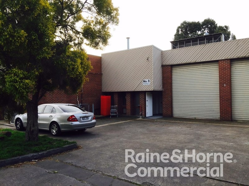 9 Eastgate Court, WANTIRNA VIC 3152