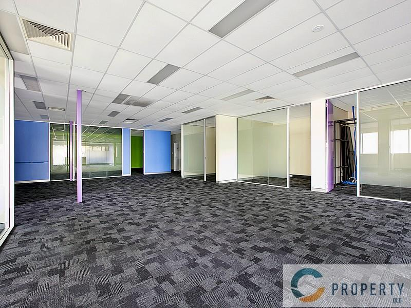 24 Bank Street WEST END QLD 4101