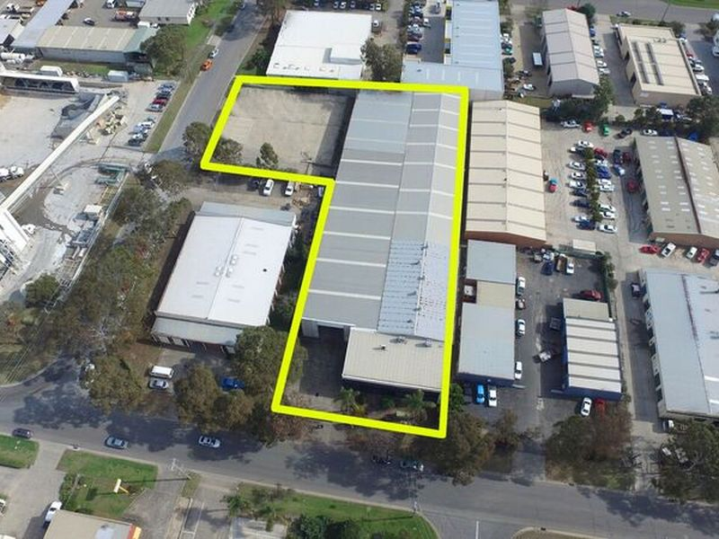 15 Graham Hill Road NARELLAN NSW 2567