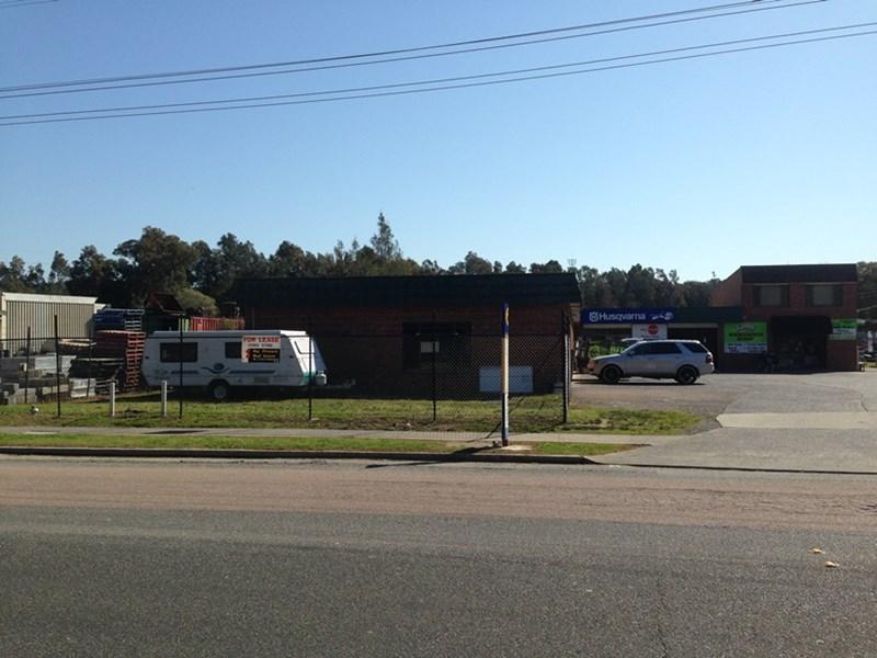 1 & 2/3  Tumbi Creek Road  TUMBI UMBI NSW 2261