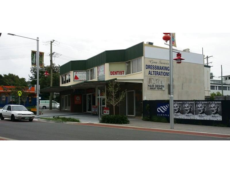 19 Young Street SOUTHPORT QLD 4215