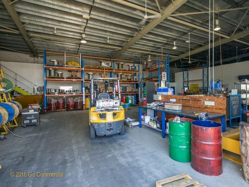 Tenancies 1 & 2, 88 Aumuller Street PORTSMITH QLD 4870