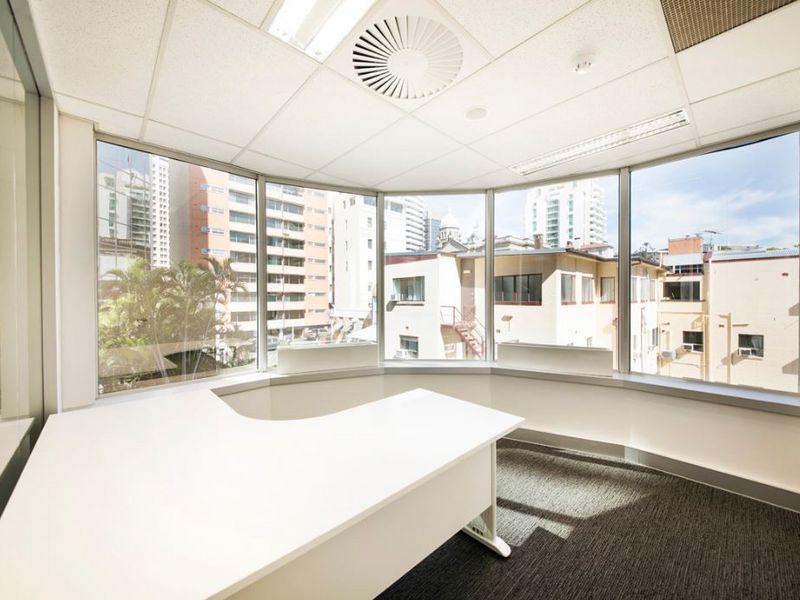 4B/15 Astor Terrace SPRING HILL QLD 4000