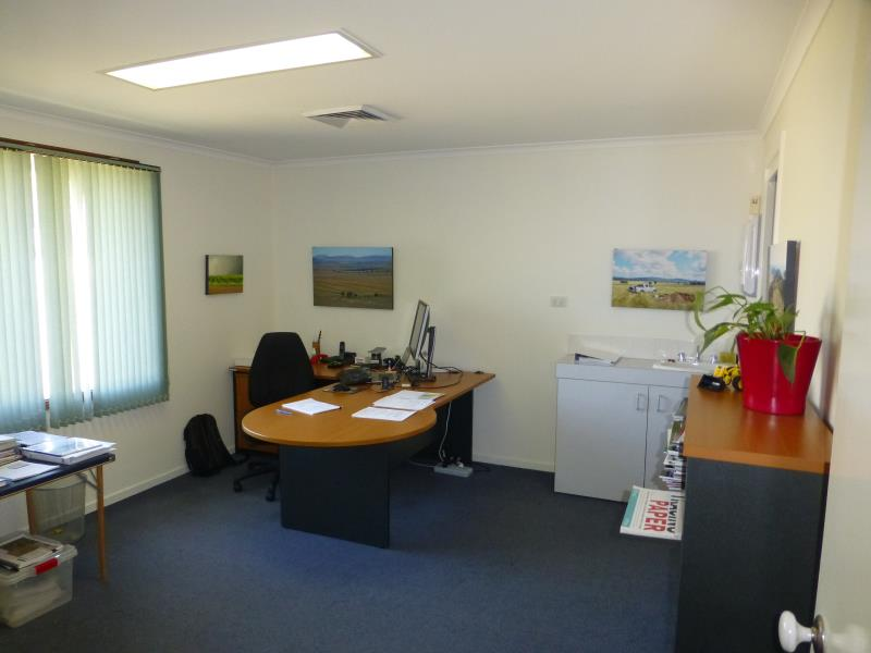 Suite  14/256 Anson Street ORANGE NSW 2800