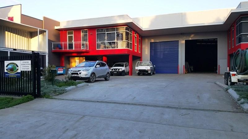 Unit 1/6 Gallipoli Street SMEATON GRANGE NSW 2567