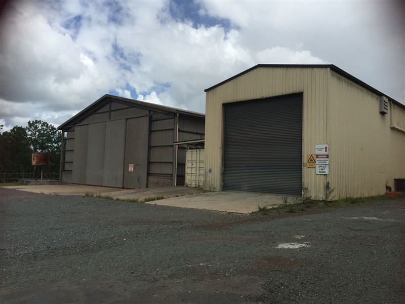 3 Smith Street GLANMIRE QLD 4570
