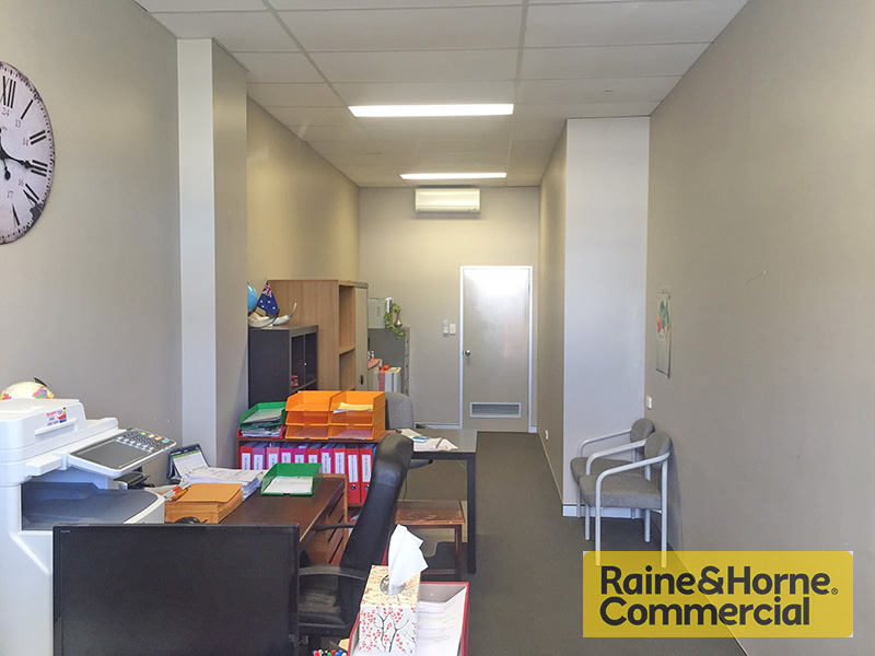WAVELL HEIGHTS QLD 4012