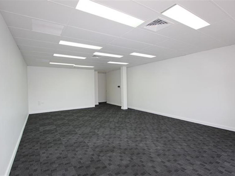 1B/3-15 Dennis Road SPRINGWOOD QLD 4127