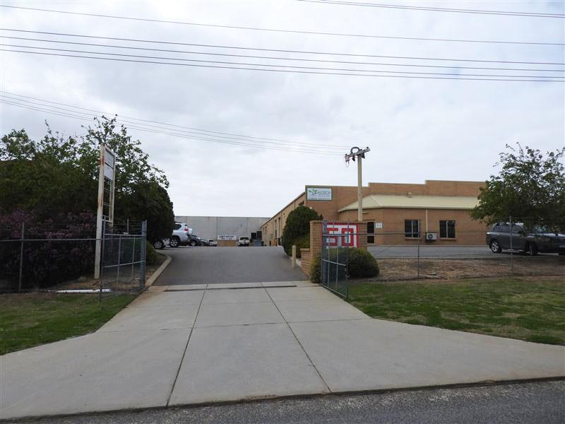 3/50 Attwell Street LANDSDALE WA 6065