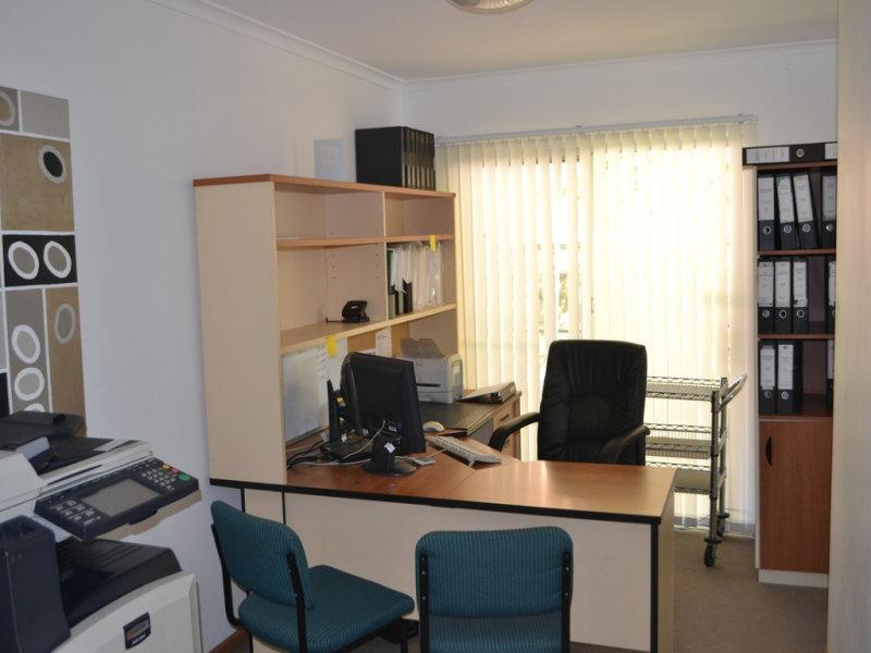 20 Ashmore Road BUNDALL QLD 4217