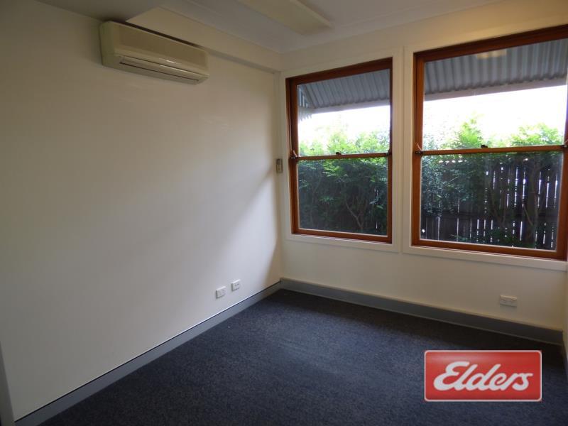 76 Merthyr Road NEW FARM QLD 4005