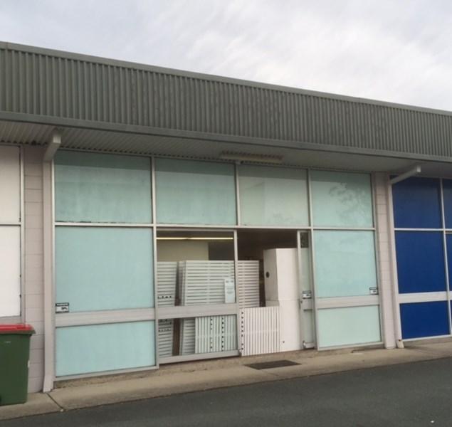 2/18  Strathaird Rd BUNDALL QLD 4217