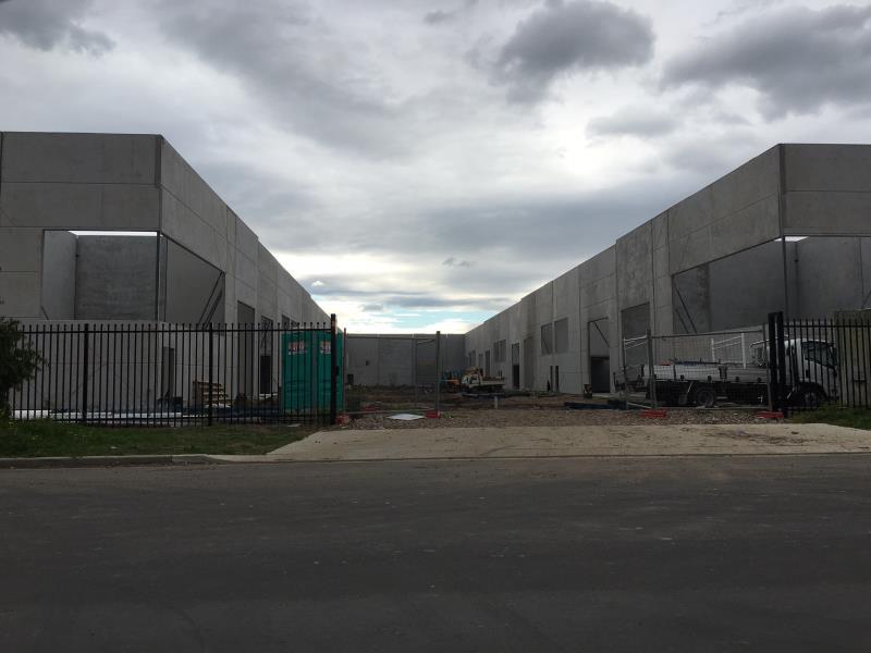 Unit 14/23-25 Bluett Drive SMEATON GRANGE NSW 2567