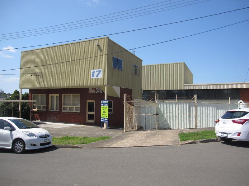 17 Pritchard Place PEAKHURST NSW 2210