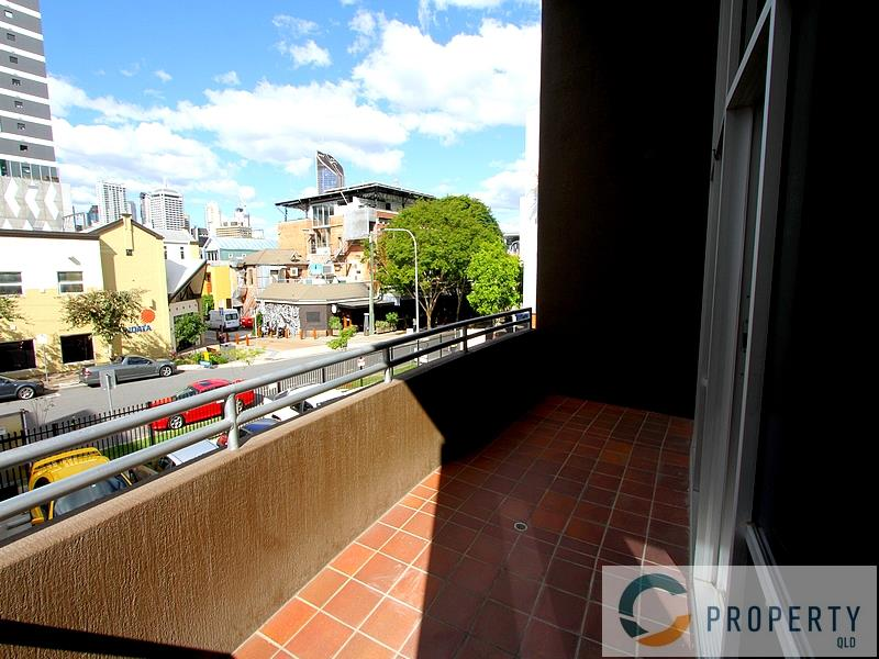 3/80 Hope Street SOUTH BRISBANE QLD 4101