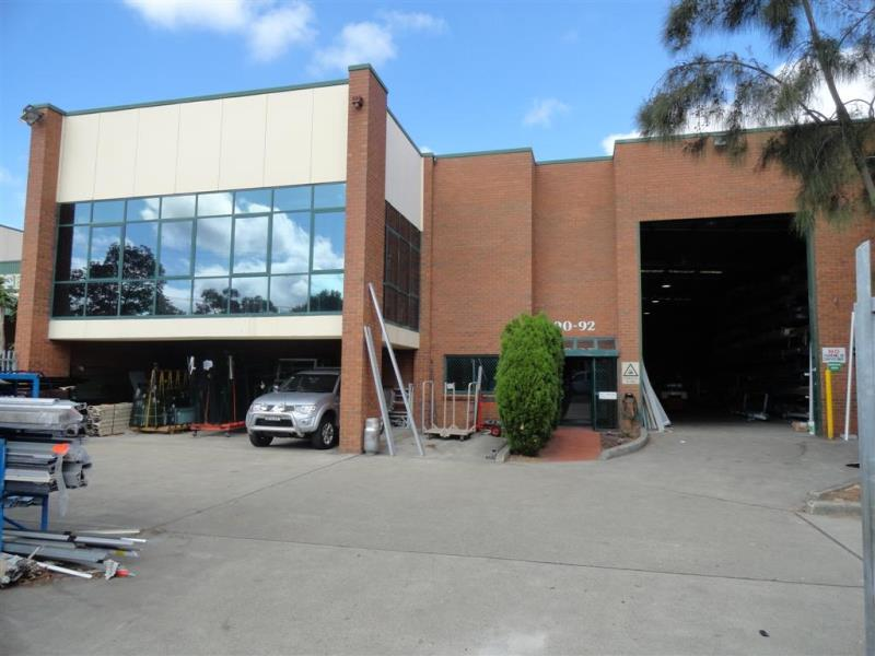 90 - 92 Benaroon Road BELMORE NSW 2192