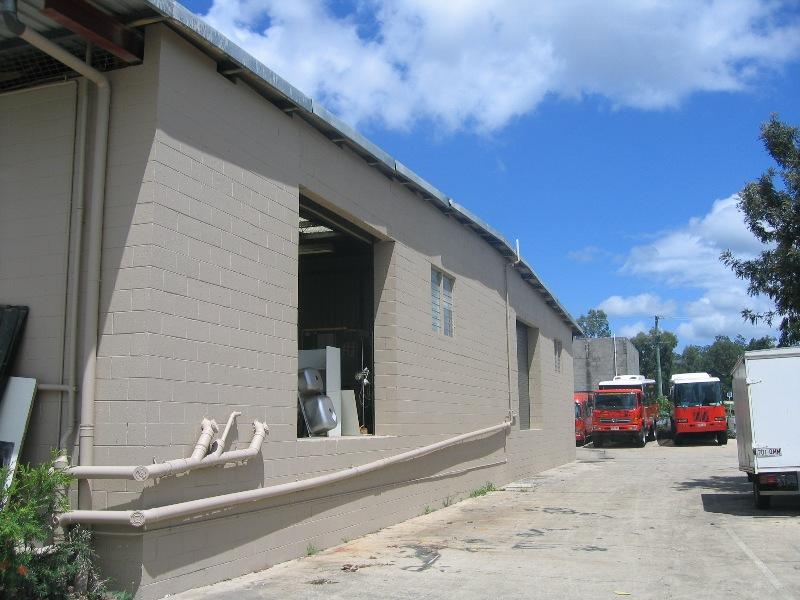 19 Lochlarney St BEENLEIGH QLD 4207