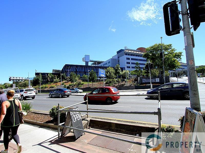 250 Ipswich Road WOOLLOONGABBA QLD 4102