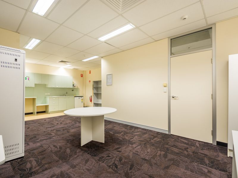 10 (Level /580 Ruthven Street (James Cook Centre) TOOWOOMBA CITY QLD 4350