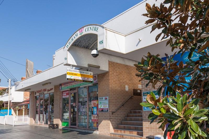 Shop 8/96-98 Wigram Street HARRIS PARK NSW 2150
