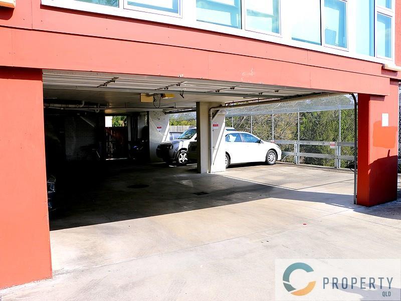 154 Enoggera Road NEWMARKET QLD 4051