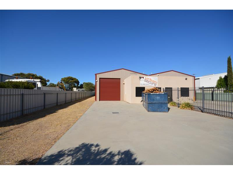 15B Playford Crescent SALISBURY NORTH SA 5108