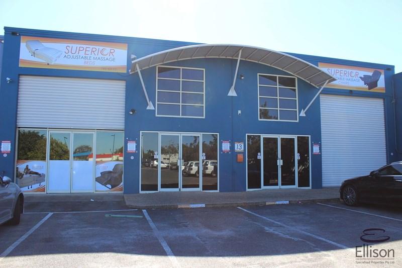 4 & 5/13 Logandowns Drive MEADOWBROOK QLD 4131