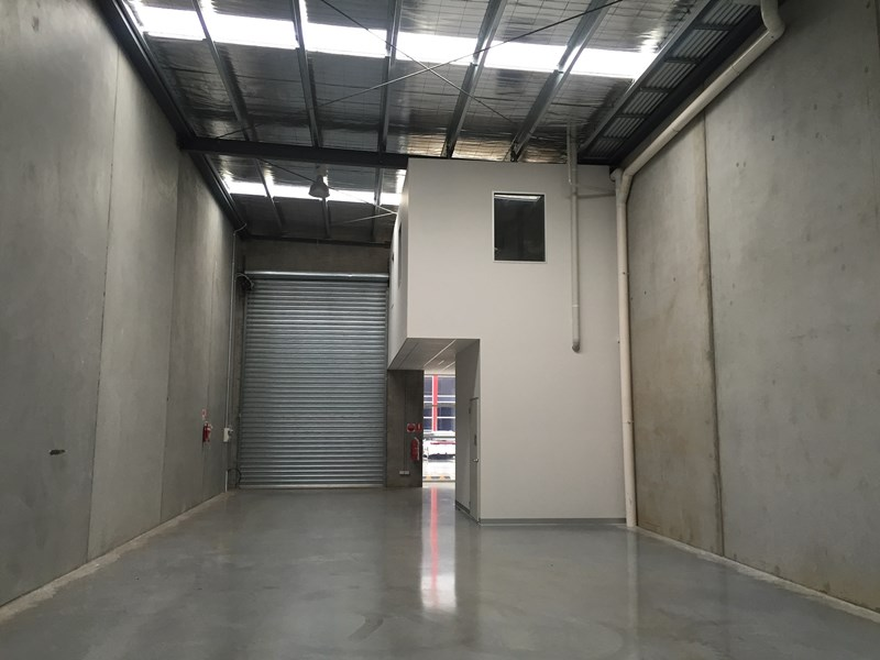 2/7 - 9 Linmax Court POINT COOK VIC 3030