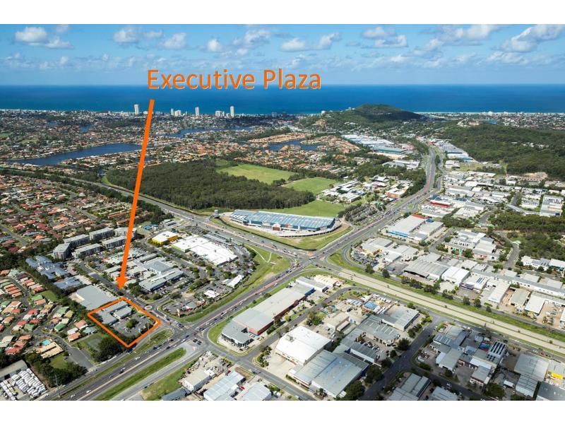 5/2 Executive Drive BURLEIGH WATERS QLD 4220