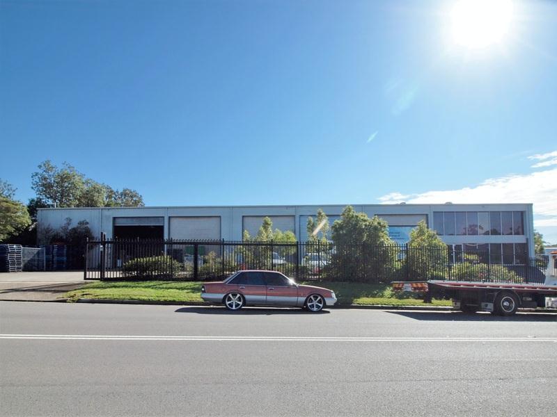 2 Alhambra Avenue CARDIFF NSW 2285