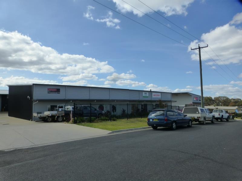 Shed  15/8 Ralston Drive ORANGE NSW 2800