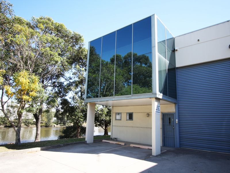 6/13-15 Burrows Road South ST PETERS NSW 2044