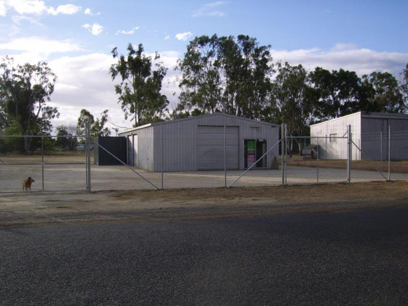 130 Middle Road GRACEMERE QLD 4702