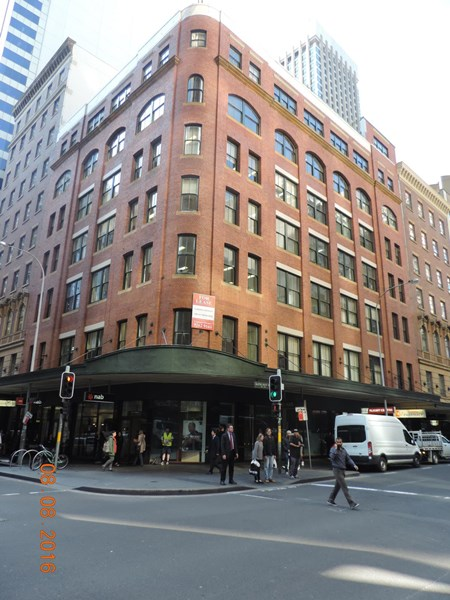 Suite 33/104 BATHURST STREET SYDNEY NSW 2000