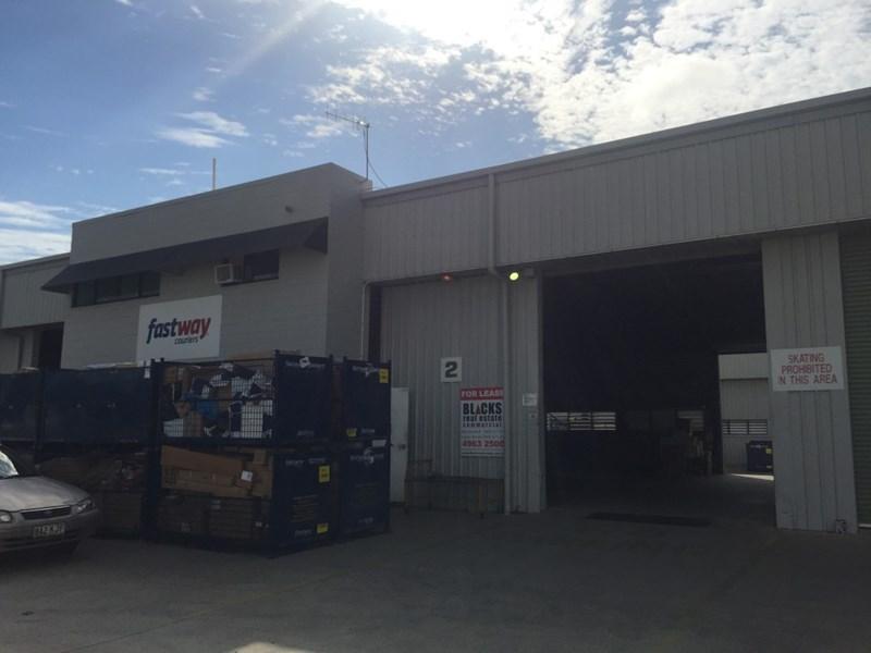 2/2 Jeffcoat Street WEST MACKAY QLD 4740