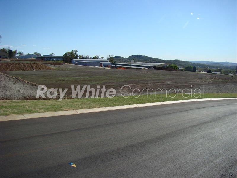 8-12 Walters Drive HARRISTOWN QLD 4350