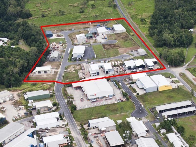 - Vickers Street EDMONTON QLD 4869