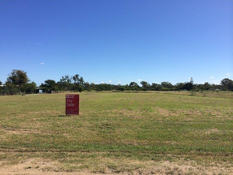 92 Middle Road GRACEMERE QLD 4702