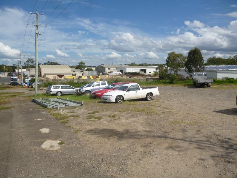 11 Helen Street CALOUNDRA WEST QLD 4551