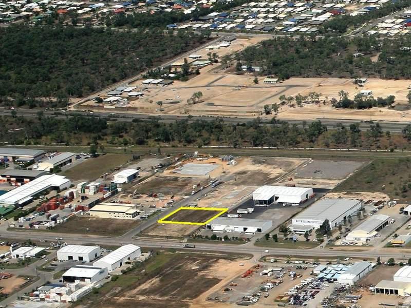 18 Desma Court BOHLE QLD 4818