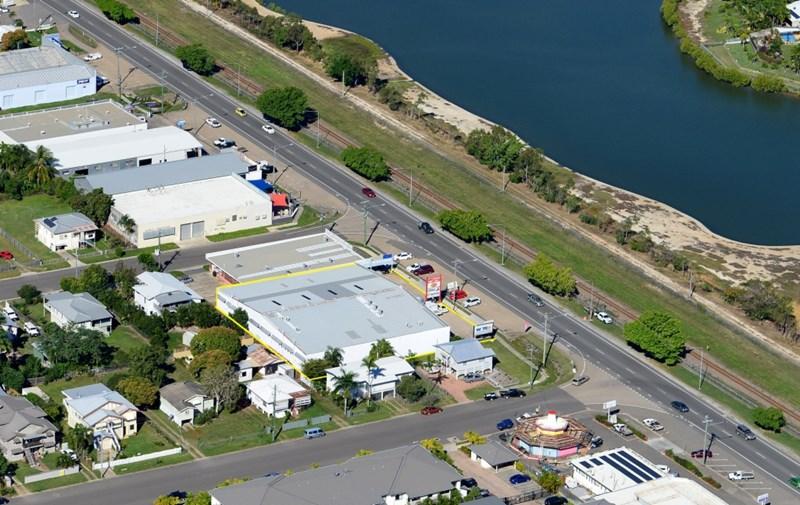 Unit 2, 179 Ingham Road WEST END QLD 4810