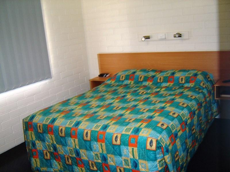 47 Strathdee Street MUNDUBBERA QLD 4626