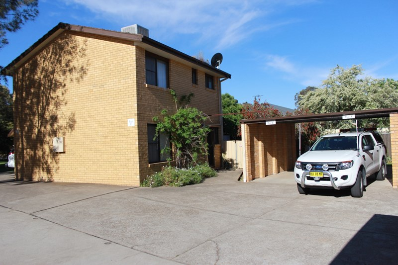 1 Olympic Way YOUNG NSW 2594