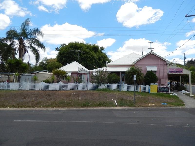 1 Main Street MARBURG QLD 4346