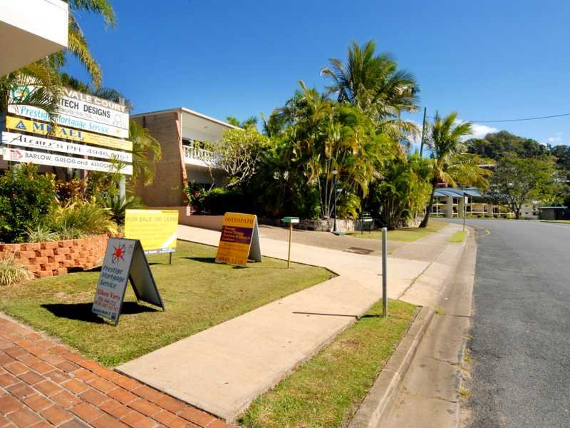 Unit 5/44 Coral Esplanade CANNONVALE QLD 4802