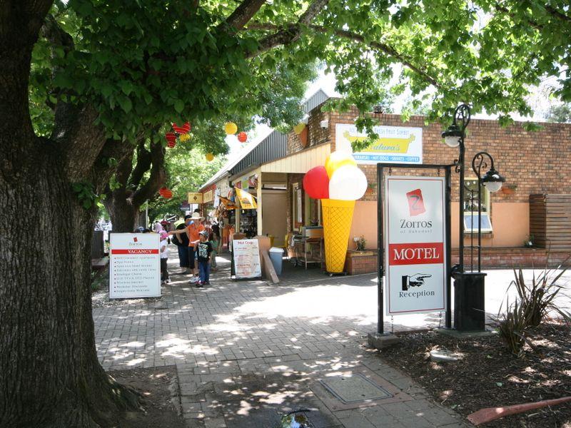 60 Mount Barker Road HAHNDORF SA 5245