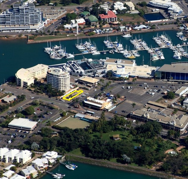 9 The Strand TOWNSVILLE CITY QLD 4810
