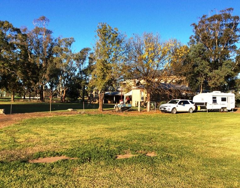 1 Merrigal Street ARMATREE NSW 2831