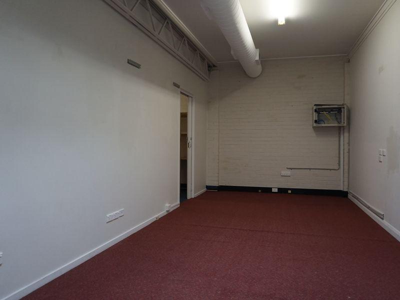 9/105 Newcastle Street FYSHWICK ACT 2609