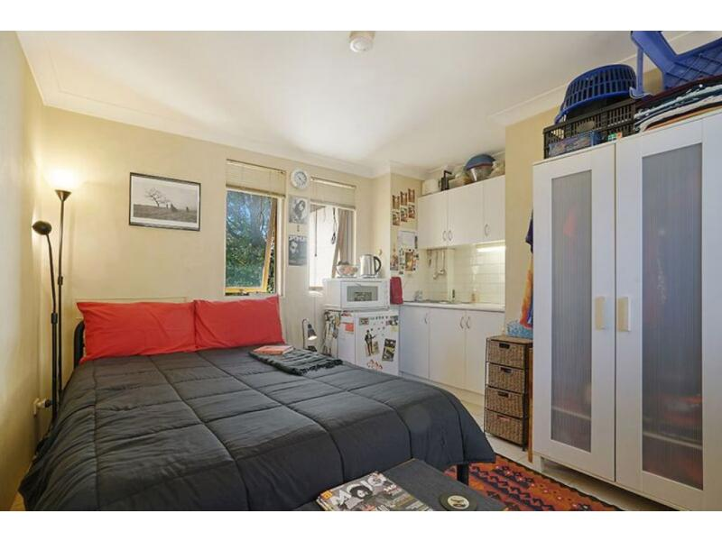 11 Liberty Street ENMORE NSW 2042